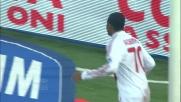 Robinho in scivolata realizza il goal del raddoppio del Milan