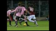 Ronaldinho in slalom al Barbera: Palermo costretto al fallo da rigore