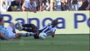 Perez procura un rigore all'Udinese atterrando Armero in area