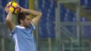 'Saponetta' Lulic si lascia scappare il pallone su rimessa laterale