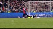 Sirigu frana in area di rigore su Criscito e causa il penalty per il Genoa
