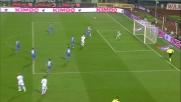Skorupski respinge il colpo di testa centrale di Klose