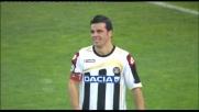 Solo davanti a Viviano, Di Natale si allunga il pallone e si mangia un goal