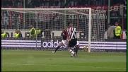 Solo il palo salva Dida dal goal di Trezeguet in Milan-Juventus