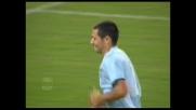 Solo un grande parati di Frey nega il goal a Mauro Zarate contro la Fiorentina