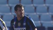 Stankovic calcia da fuori area, ma la palla finisce lontana dalla porta dell'Udinese