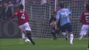 Stekelenburg stende Klose e viene espulso: rigore per la Lazio nel derby