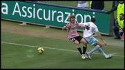 Stop e controllo di tacco di Cruz col Palermo