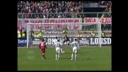 Suazo non sbaglia dal dischetto: 2-2 tra Cagliari e Livorno