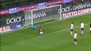Sul tiro di Seedorf il palo salva Sirigu