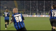 Tap-in vincente di Tiribocchi: l'Atalanta esulta per il goal dell'1-0 sul Cagliari