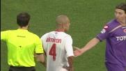 Almiron atterra Jorgensen con un tackle duro e viene espulso