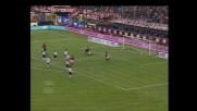Tomasson 'bloccato' da Balli, per l'arbitro è rigore