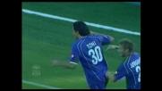 Toni di testa batte Dida e porta in vantaggio la Fiorentina