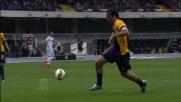 Toni in area non perdona e sigla il goal del vantaggio Veronese