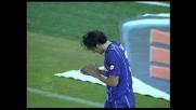 Toni stregato da Storari: parata incredibile e palla sulla traversa per la Fiorentina!