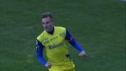 Rigoni stoppa al limite e tira a fil di palo segnando un gran goal al Livorno