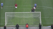 Un miracoloso tackle di Juan ferma Hernanes davanti al portiere della Roma