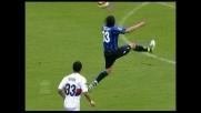 Una magia di Sergio Floccari porta avanti l'Atalanta sul Genoa
