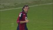 Marco Rossi prova a punire il Milan con un colpo di tacco ma la palla esce