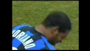 Capone tocca Adriano, rigore per l'Inter
