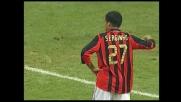 Veron alza troppo la mano e causa un rigore per il Milan nel derby