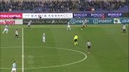 Vidal ferma in tackle Konko sulla fascia