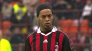 Ronaldinho si fa parare il rigore da Consigli ma Borriello ribadisce in rete