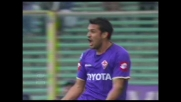 Santana, un goal d'alta scuola contro il Genoa porta in vantaggio la Fiorentina