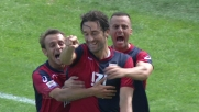 Toni trafigge Mirante da calcio di rigore e porta avanti il Genoa