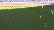 Da Costa come un gatto, si allunga e alza il tiro di Milinkovic-Savic!