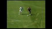 Amauri attacca l'area della Lazio ma calcia a lato con l'esterno destro