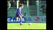 L'esterno destro di Batistuta si trasforma in goal contro il Venezia