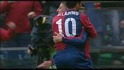 Goal di rapina di Crespo che supera Curci e porta avanti il Genoa