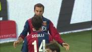 Ziegler stende Palacio in area nel derby di Genova