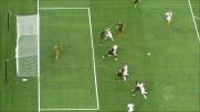 Paletta e Belotti si strattonano in area: per l'arbitro è rigore a favore del Torino
