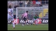 Cassani serve Jankovic per il goal del raddoppio del Palermo sul Cagliari