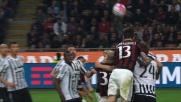 Bonucci all'ultimo istante riesce ad anticipare Romagnoli ed evita il goal del Milan