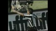 Pizarro supera Peruzzi dal dischetto