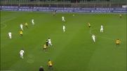 Pazzini contro l'Atalanta realizza il goal che vale la prima vittoria stagionale del Verona