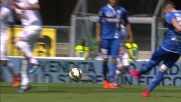 Zielinski prova senza fortuna a sorprendere il Verona con un tiro da fuori