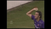 Pazzini firma il terzo goal della Fiorentina contro il Livorno