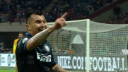 Medel in tackle su Abate nel derby di Milano
